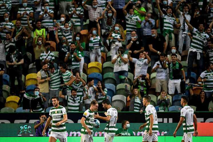 O Sporting defronta o Estoril este domingo