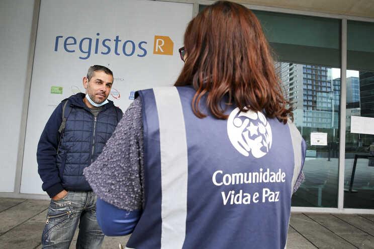 Comunidade Vida e Paz garantiu renovação do cartão do cidadão a 30 pessoas, entre elas Pedro Fernandes