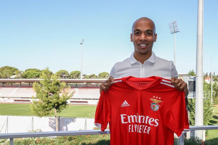 João Mário assinou contrato com o Benfica até 2026