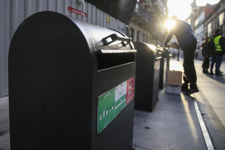 O confinamento não fez aumentar a quantidade de lixo doméstico