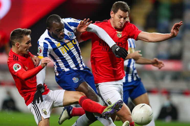 F. C. Porto e Benfica jogam hoje no Dragão