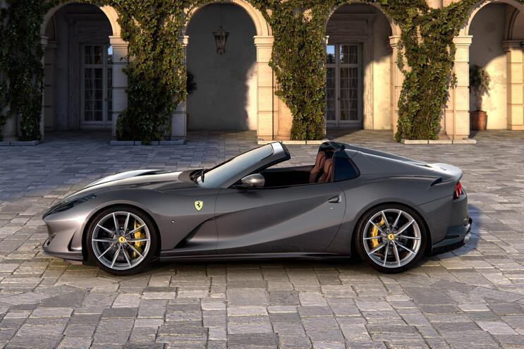 Ferrari anuncia carro 100% elétrico mais cedo do que o previsto