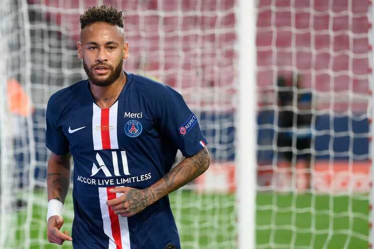 Neymar esteve de férias em Ibiza