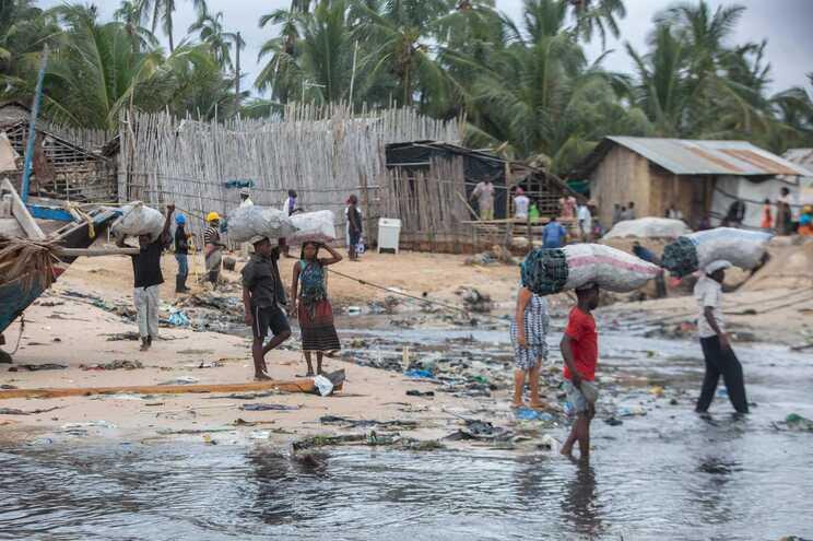 Militares portugueses seguem para Moçambique em abril