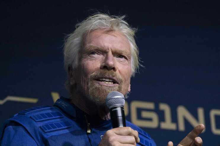 O bilionário Richard Branson pretende ir já em 11 de julho para o espaço