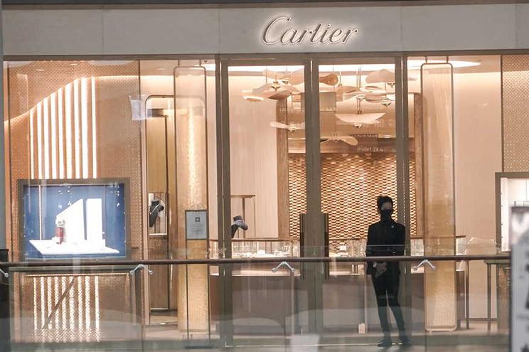 """O presidente da Cartier, Cyrille Vigneron, advertiu para o """"sobreaquecimento"""" do mercado dos produtos"""