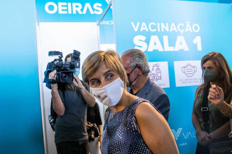 Vacinas da Pfizer cedidas por outros países poderão chegar em breve a Portugal