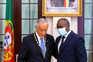 Presidente da Guiné-Bissau condecora Marcelo Rebelo de Sousa com medalha Amílcar Cabral