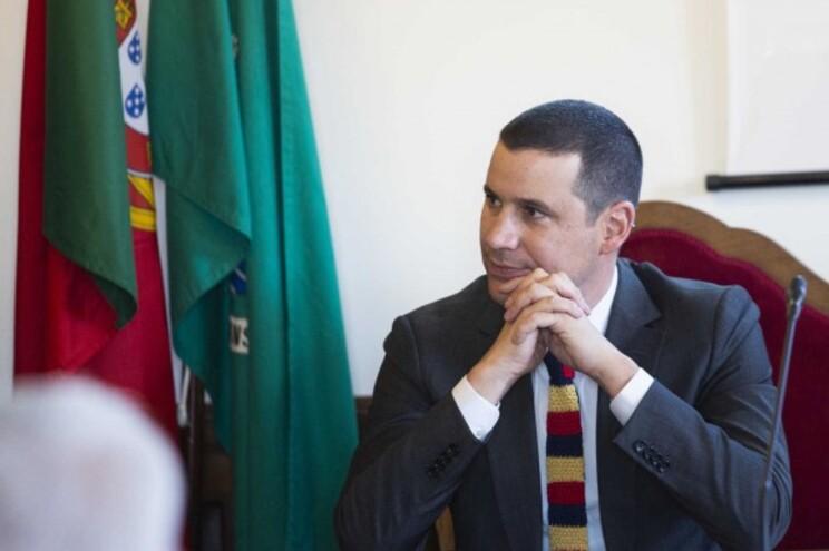 Governo já tem rede de emergência para os combustíveis e garante gás no Algarve