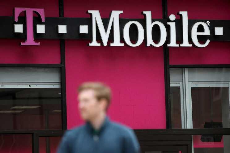 """A T-Mobile já tinha sido alvo de roubo de informação, mas no episódio mais recente """"os números elevadíssimos"""