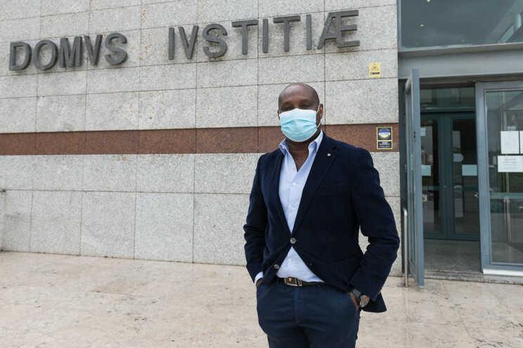 O médico que foi vitima de racismo, Pedro Costa