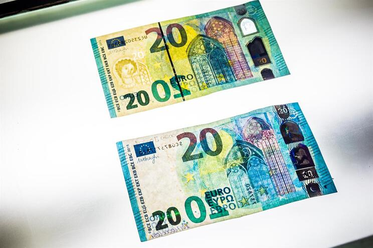 Serralheiro apanhado a pagar a prostitutas com notas falsas