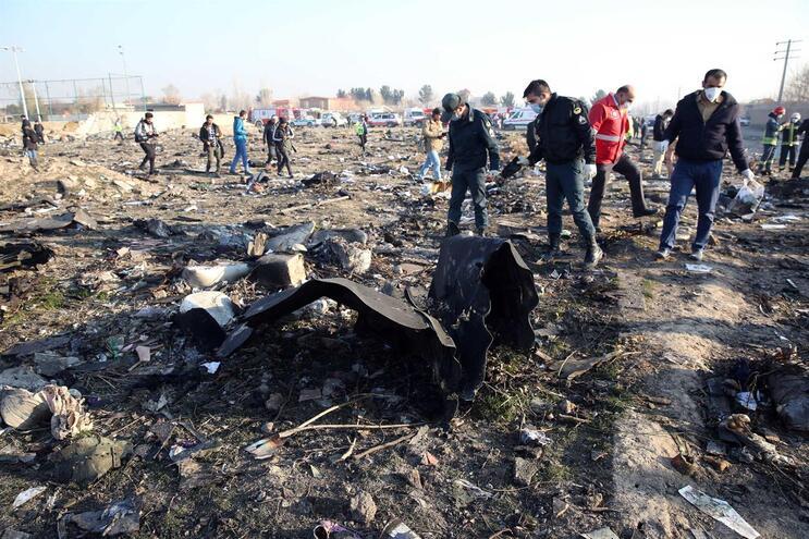 Boeing 737 foi abatido no Irão