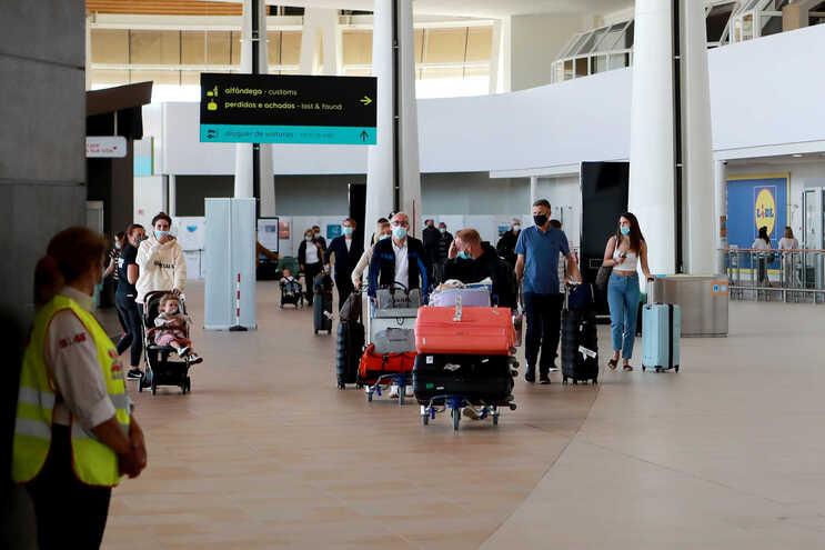 Portugal abriu as portas esta segunda-feira aos turistas britânicos