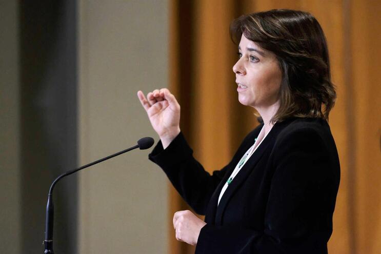 """BE diz que desrespeitar compromisso sobre Novo Banco """"não fortalece nenhum ministro"""""""