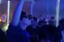 Wuhan abre discotecas um ano após confinamento
