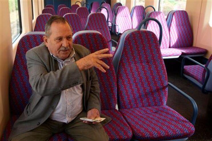 Comboios da linha de Leixões levam três utentes por viagem