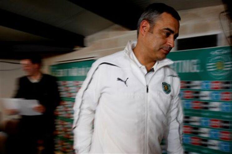 José Couceiro assumiu cargo de treinador após saída de Paulo Sérgio
