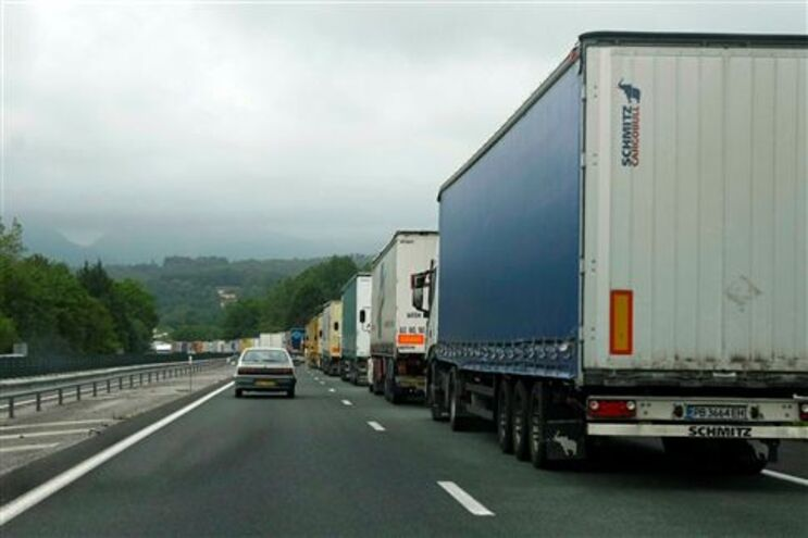 Em 2008, a paralisação dos camionistas quase parou o país