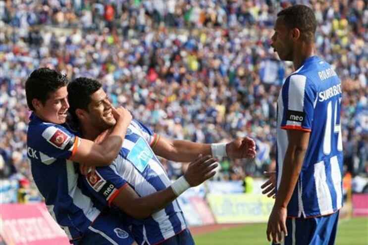 James Rodríguez apontou três golos
