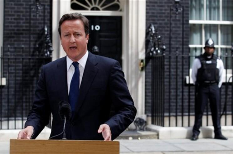 David Cameron falou sobre os motins em Downing Street