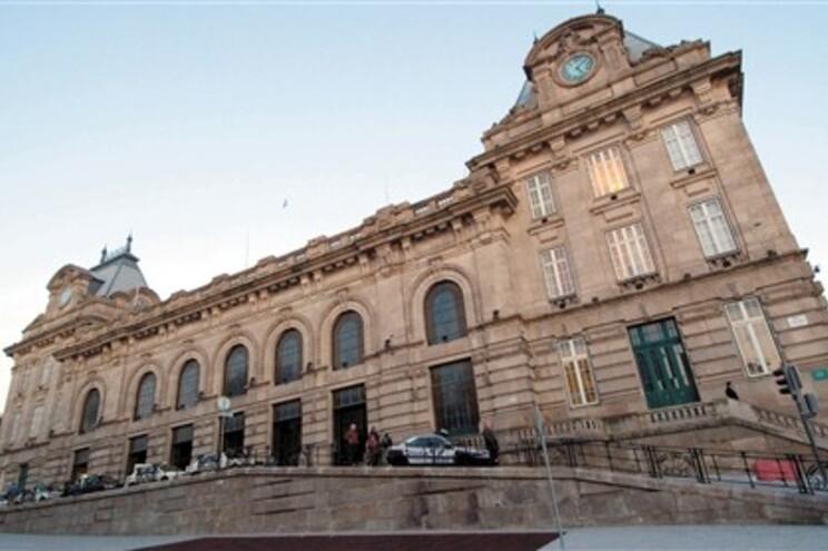"""Revista """"Travel+Leisure"""" classificou estação do Porto"""