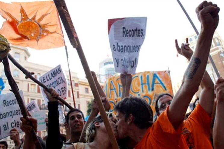 Na Puerta del Sol, em Madrid, nasceu um movimento de indignação que se estendeu ao mundo