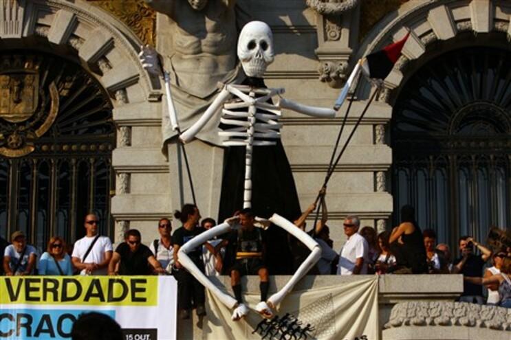 Manifestação na Av. dos Aliados, Porto