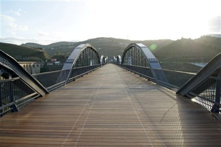 Reabilitação da Ponte metálica da Régua custou 1,7 milhões de euros