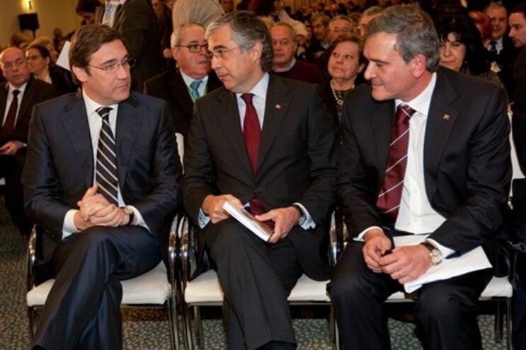 Pedro Passos Coelho com José Pedro Aguiar Branco e Miguel Relvas