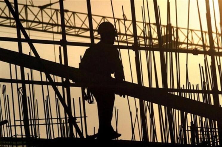 Precariedade, salários baixos e desemprego são o retrato de um país pobre