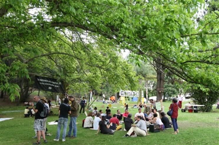 """""""Indignados"""" no Parque Eduardo VII, este domingo, em Lisboa"""