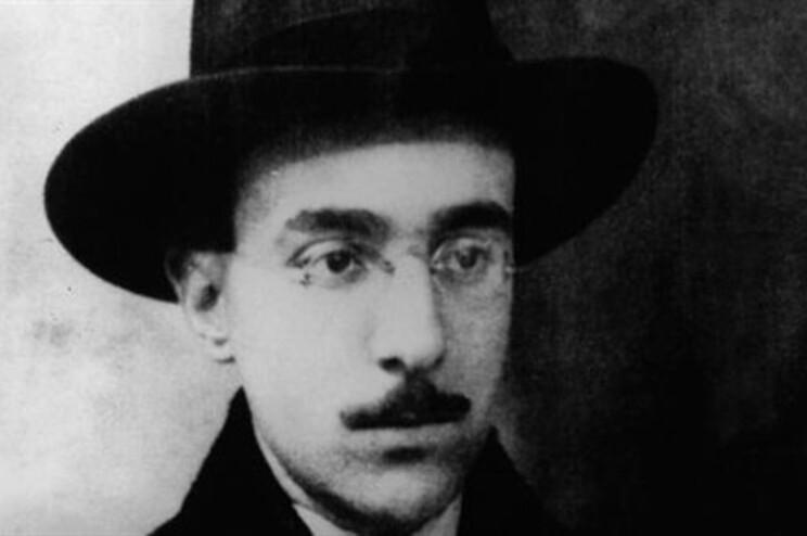 Publicados cinco contos inéditos de Fernando Pessoa