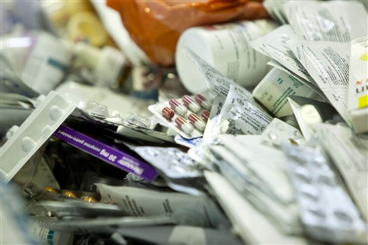 A base de dados utilizada para a prescrição eletrónica não corresponde à realidade dos fármacos