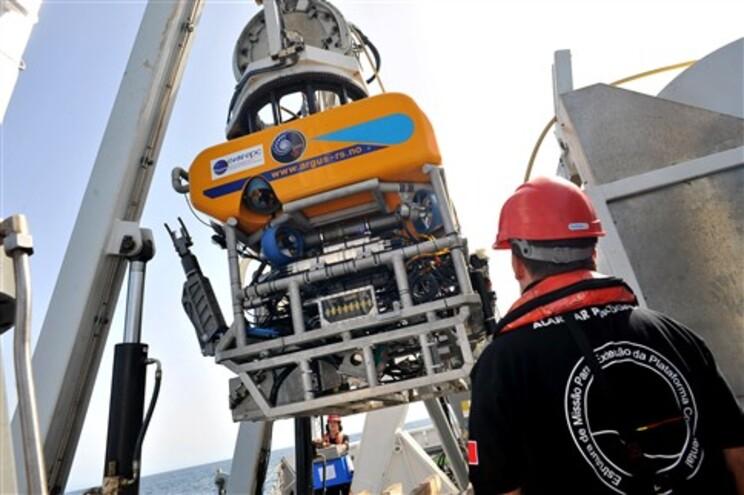 Depois de dois anos parado, o robô subaquático Luso vai voltar ao mar para a sua quarta missão