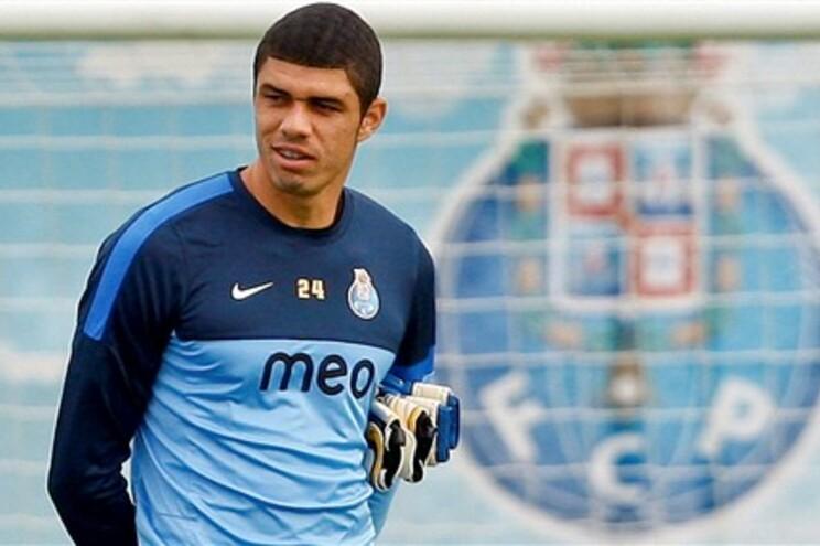 """Fabiano está """"tranquilo"""" para a estreia no F. C. Porto"""