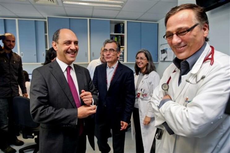 Manuel Pizarro em visita ao Hospital de S. João