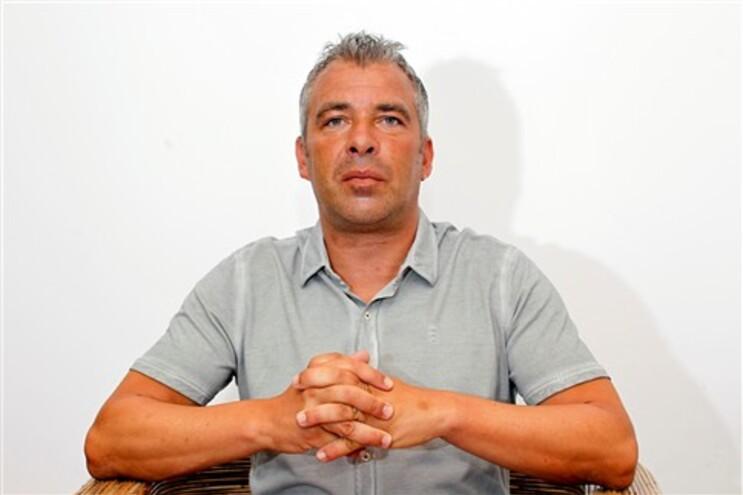 Jorge Costa sucede a Charalambos Christodoulou no comando técnico da formação campeã cipriota
