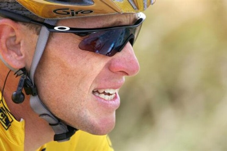 Lance Armstrong apagado do site da Volta a França