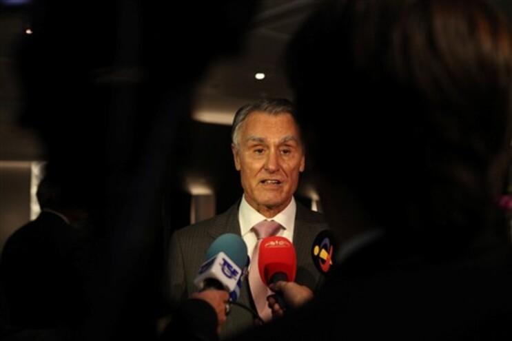 Cavaco Silva diz que não aceitará pressões sobre Orçamento de Estado