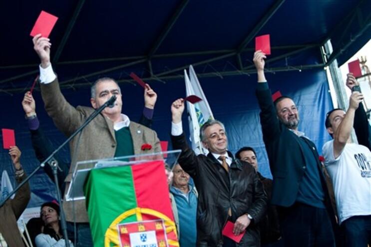 Cerca de 10 mil militares, acompanhados pelas famílias, protestaram, este sábado, em Lisboa