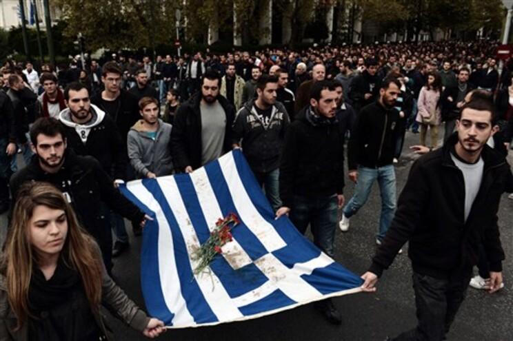 Alemão afirma que Grécia vai precisar de terceiro resgate