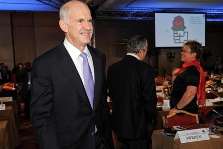 Georges Papandreu, presidente da Internacional Socialista