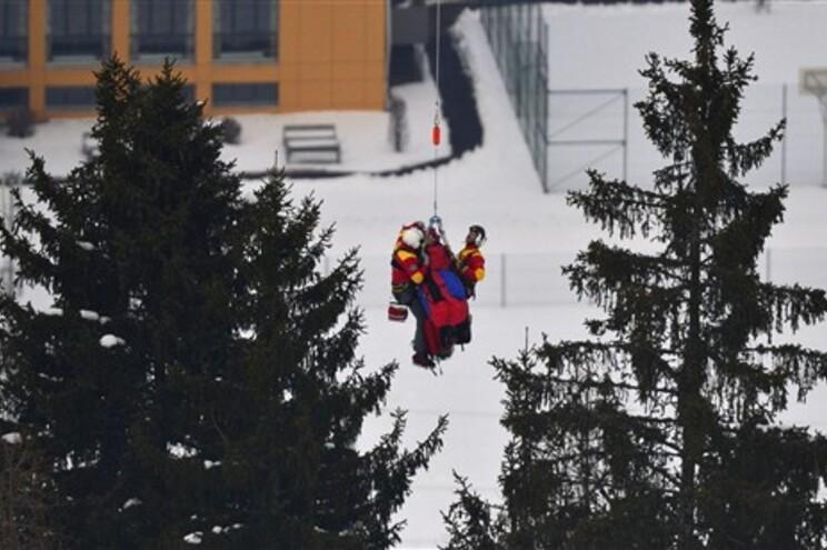 Atleta foi transportada de helicóptero