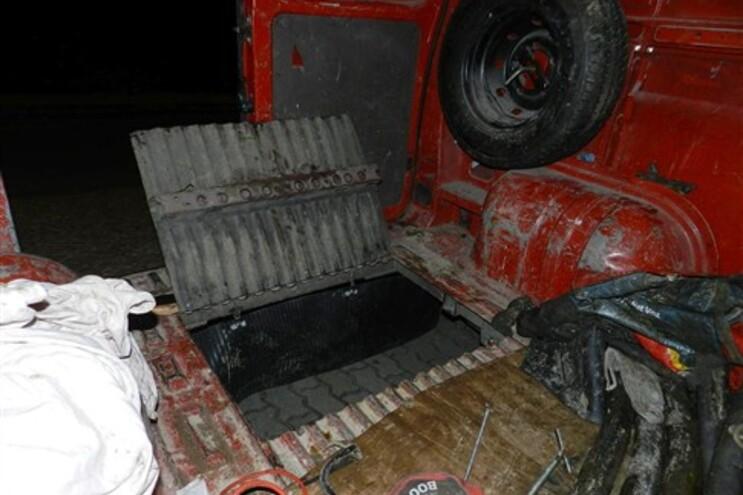 Carrinha tinha um alçapão para facilitar acesso aos subterrâneos sem levantar suspeitas