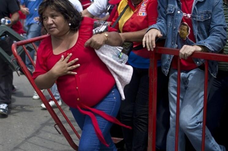 Hugo Chávez será embalsamado como Ho Chi Minh e Lenine