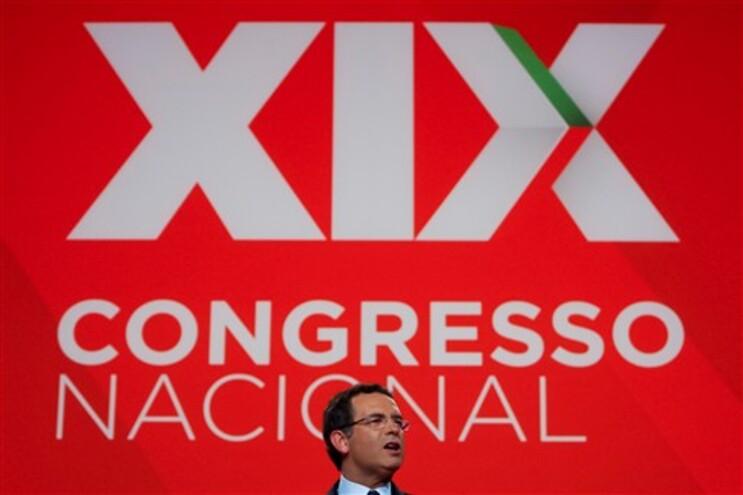 Socialista Pedro Silva Pereira diz que postura do Governo não é própria de quem quer consenso