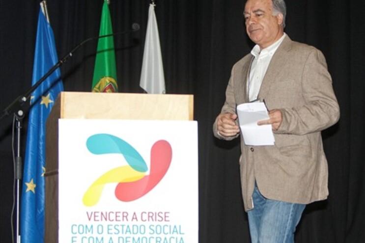 Carvalho da Silva na abertura do Congresso Democrático das Alternativas