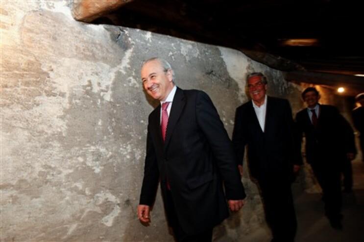 """Rui Rio diz que """"é triste ver o Governo apostado em destruir Porto Vivo"""""""