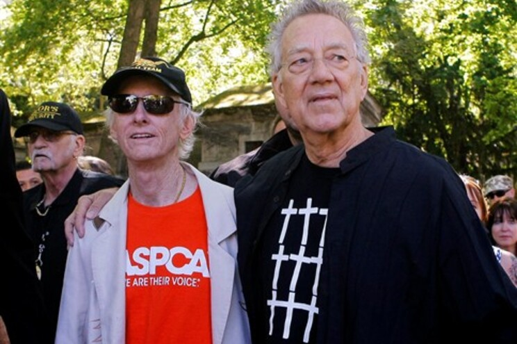 Guitarrista Robby Krieger e o teclista Ray Manzarek
